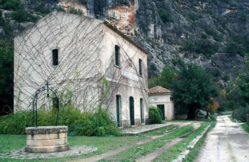 9 – Necropoli di Pantalica e Fiume Anapo