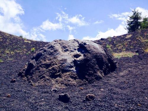 4 – I Crateri Sartorius e la Grotta dei Ladroni